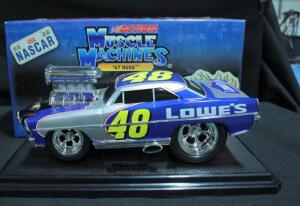 Action Muscle Machines Jimmie Johnson #48 Lowe's 1:18 Diecast '67 Nova On Display Stand, New In Box