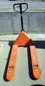 Heavy Duty Hydraulic Pallet Truck, 5,500 Lb Capacity, In Working Order