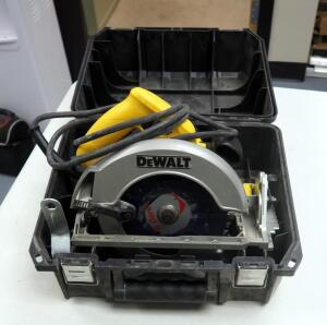 "DeWalt 7.25"" Electric Circular Saw Model # DW368, Includes Carrying Case"