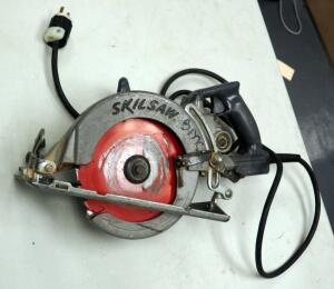 "Skilsaw 7.25"" Electric Worm Drive Saw Model # HD 77"