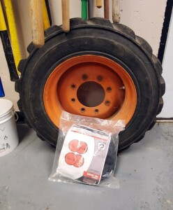 "Bobcat Skid Steer Loader Wheel (10-16.5"") With Deestone Tire And Set Of Tire Socks"