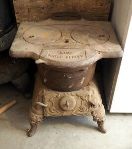"Antique Cast Iron Double Burner King Stove Number 80, 24"" x 22"" x 21"", Missing One Leg, Bidder Responsible For Proper Removal"