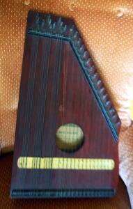 Antique F. Menzenhauers Guitar Zither Number Zero, Crack Present On Main Finger Board