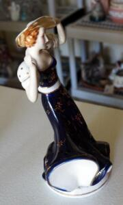 "Vintage Hinode Japan Porcelain Moriyama Elegant Woman Figure, 9"" Tall"