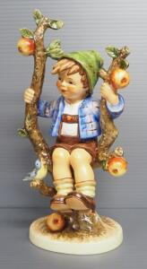 "M I Hummel ""Apple Tree Boy"" Figurine No. 142, 10.75"" High, 1968 Engraving Year, Last Bee Mark"