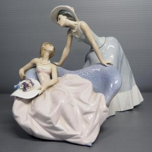 "Lladro ""Debutantes"" Porcelain Figurine No. 5486, Sculptor Jose Puche, 8.75"" High"