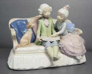 "Lladro ""Story Time"" Porcelain Figurine No. 5229, Sculptor Jose Roig, 7.5"" High"
