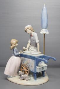 "Lladro ""Ice Cream Vendor"" Porcelain Figurine No. 5325, Sculptor Antonio Ramos, 12.5"" High"