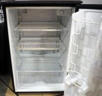 Sanyo Mini-Fridge Model SR-4910M, 4-8/9 Cu Ft, Powers On - 4