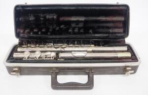 Bundy Flute By Selmer No. 265282, In Carry Case