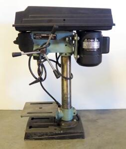 "Delta 8"" 115 V 1/4 HP Drill Press Model 11-950 Type 2, Powers On"