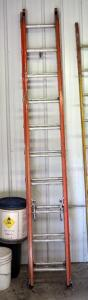 Werner 22 Foot Fiberglass Extension Ladder, 300 Lb Capacity