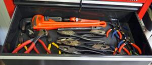 Ridgid 18 Inch Heavy Duty Pipe Wrench, Plier Assortment, And More, Contents Of Drawer