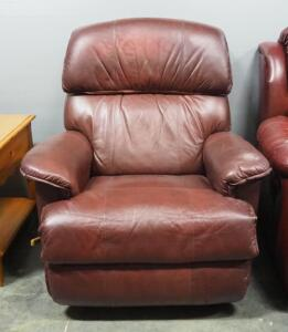 "La-Z-Boy Leather Recliner, Approx 41"" High x 37"" Wide, Matches Lot 13"