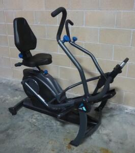 Teeter FreeStep Recumbent Cross Trainer and Elliptical, Powers On (Battery Operated)