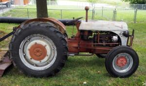 1950s Gas Powered Ford Tractor With 3 Point Hitch Connection And PTO, New Alternator, SEE VIDEO