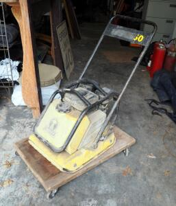 "Wacker Neuson 19"" Gas Powered Plate Tamper With Honda GX160 Motor 5.5hp"