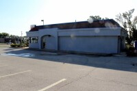 12323 E US 40 Hwy; Independence, MO 64055 - 4