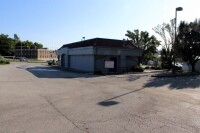12323 E US 40 Hwy; Independence, MO 64055 - 7