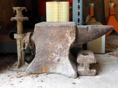 "Vintage Anvil, 10"" x 18"" x 9"", And Vintage Bottle Jack"