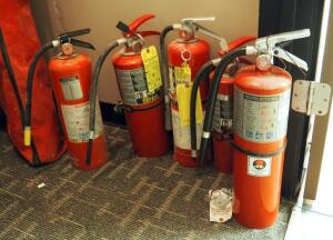 Kidde, Ansul Sentry, And Buckeye Portable Fire Extinguishers, Qty 5