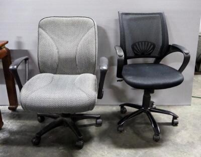Pair Of Rolling Swivel Office Chairs, Both Tilt And Have Adjustable Heights