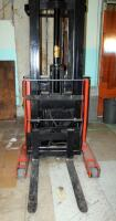 Prime Mover Electric Fork Lift Model RR30C, 2125 Hours, Internal Battery Needs Replaced, Click For Details Includes Exide Lead Acid Battery Charger, NPC12-3-850L, Hardwired In, Bidder Responsible For Proper Removal - 13
