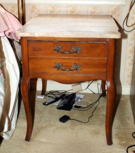 Marble Top Single Drawer End Table With Cabriole Legs, 21.5in x 18in x 24in, Marble Top Is Loose, Contents Not Included