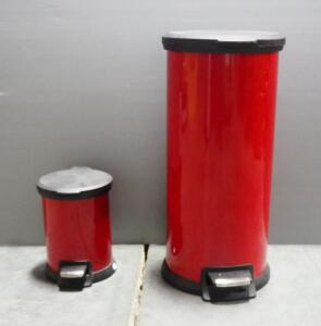 Pair Of Step Trashcans, 7.9 Gallon And 1.3 Gallon,