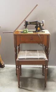 1937 Singer Sewing Machine In Sewing Table, With Bench, Paperwork And Some Attachments, Powers On (Date Based On Serial Number)