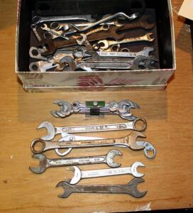 Standard Open And Closed End Wrench Assortment, Contents Of Box