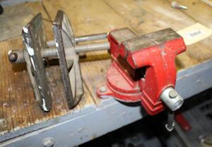 3.5 Inch Bench Vise And B And C Vise Clamp