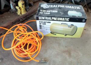Central Pneumatic 11 Gallon Portable Air Tank And Pneumatic Hose