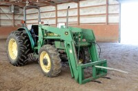 John Deere 5310 Diesel Tractor With Hydraulic Front Bale Spike, 1861.2 Hours Showing, 64HP, Sync Shuttle Transmission, Front Wheel Assist, See Description For Video - 9