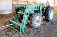 John Deere 5310 Diesel Tractor With Hydraulic Front Bale Spike, 1861.2 Hours Showing, 64HP, Sync Shuttle Transmission, Front Wheel Assist, See Description For Video - 14