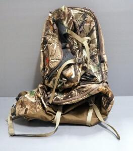 Multipocket Real Tree Patterned Backpack