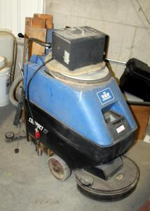 Windsor Compact 17 Floor Scrubber, With Battery Charger