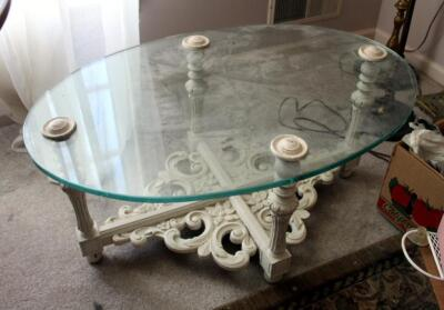 "Oval Glass Top Table, 15.5"" x 34"" x 23"""