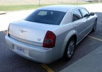 2006 Chrysler 300C Passenger Car, 5.7L Hemi V8, 125,330 Miles, VIN # 2C3KA63H96H138297, See Description For Video - 7