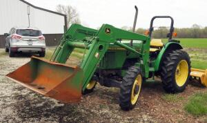 1996 John Deere 5200 Diesel Utility Tractor With 520 5' Bucket, Front Wheel Assist, Hours Showing 979.3, PIN LV5200E421670, Includes Manuals, See Description For Video