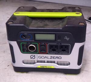 Yeti 400 Goal Zero Solar Power Bank/Generator
