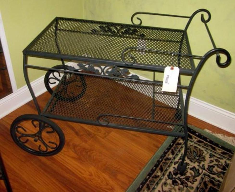 Lot 92 Of 182 Metal Rolling Plant Cart