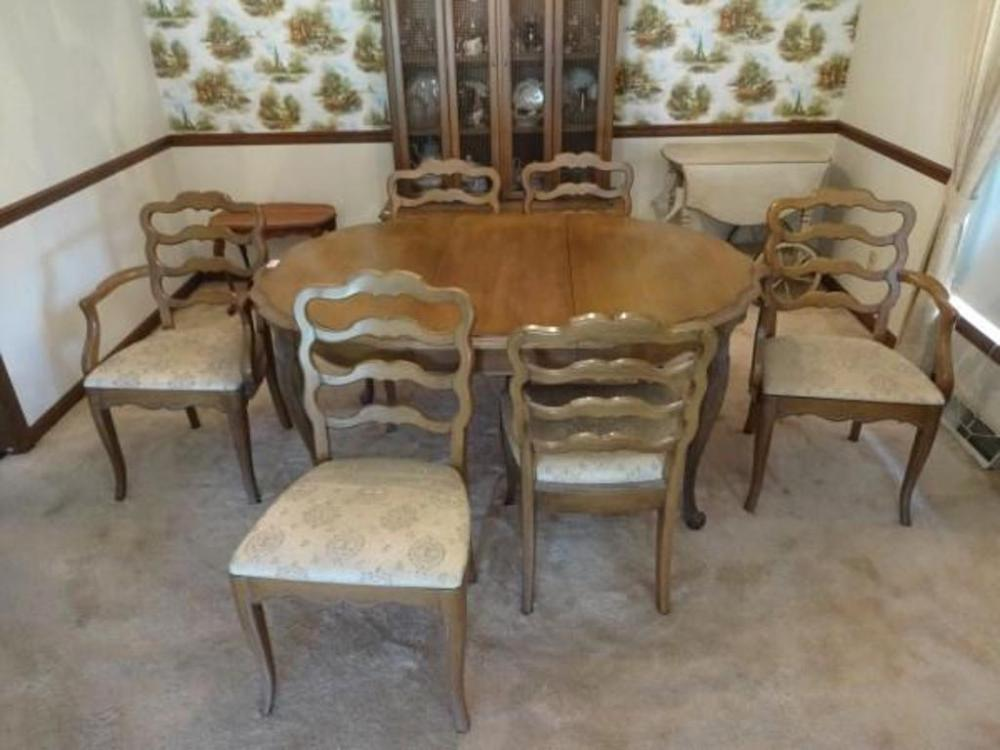 Lot 2 of 292: White Furniture Company Old Bisque Dining Room Table, Chairs,  Extra Leaves and Pads - White Furniture Company Old Bisque Dining Room Table, Chairs, Extra