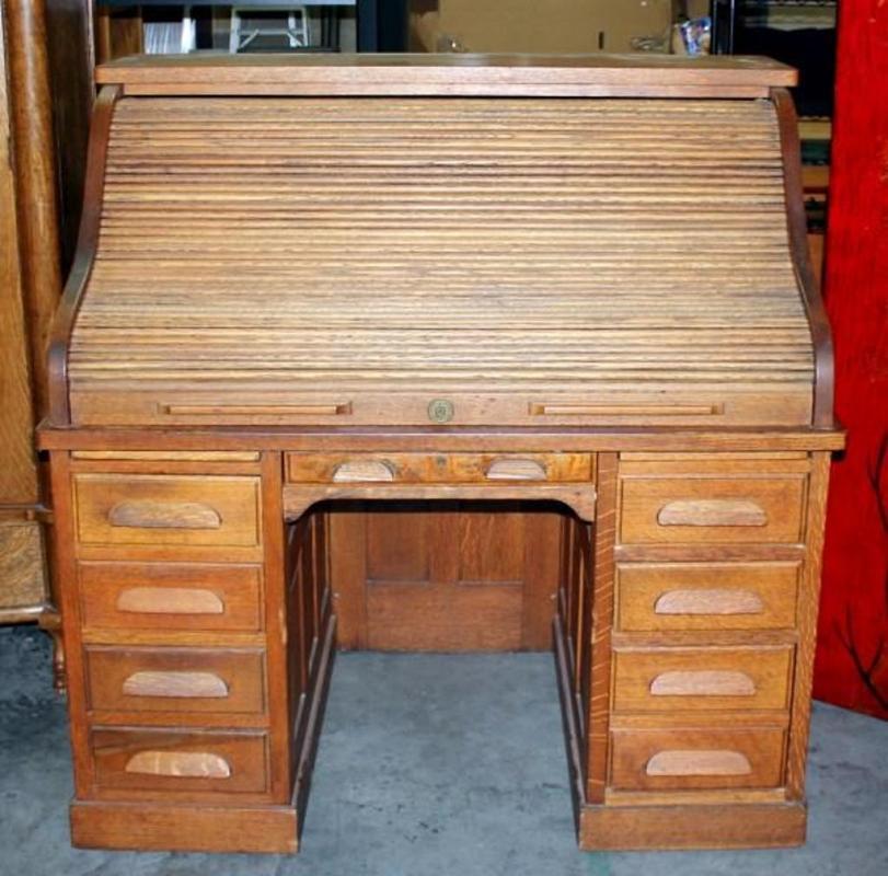Lot 11 Of 154: Antique Grand Rapids Desk Co. Roll Top Desk
