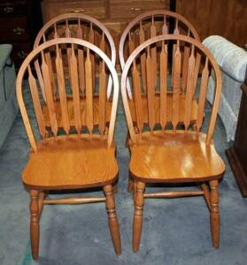 Four Windsor Style Dining Room Chair