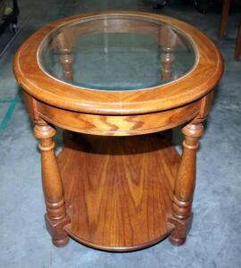 "Tell City Chair Company Since 1865 Oval End Table with Glass Top End Lay Approx 21"" H x 21"" x 28"""
