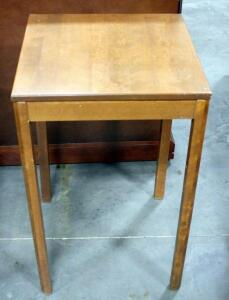 "Ethan Allan Early American Solid Maple and Birch Long Legged Table 30""H x 18.5"""