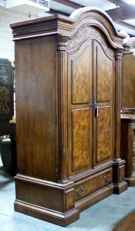 Collezione Europa Armoire Entertainment Center With Expanding - Collezione europa furniture designs