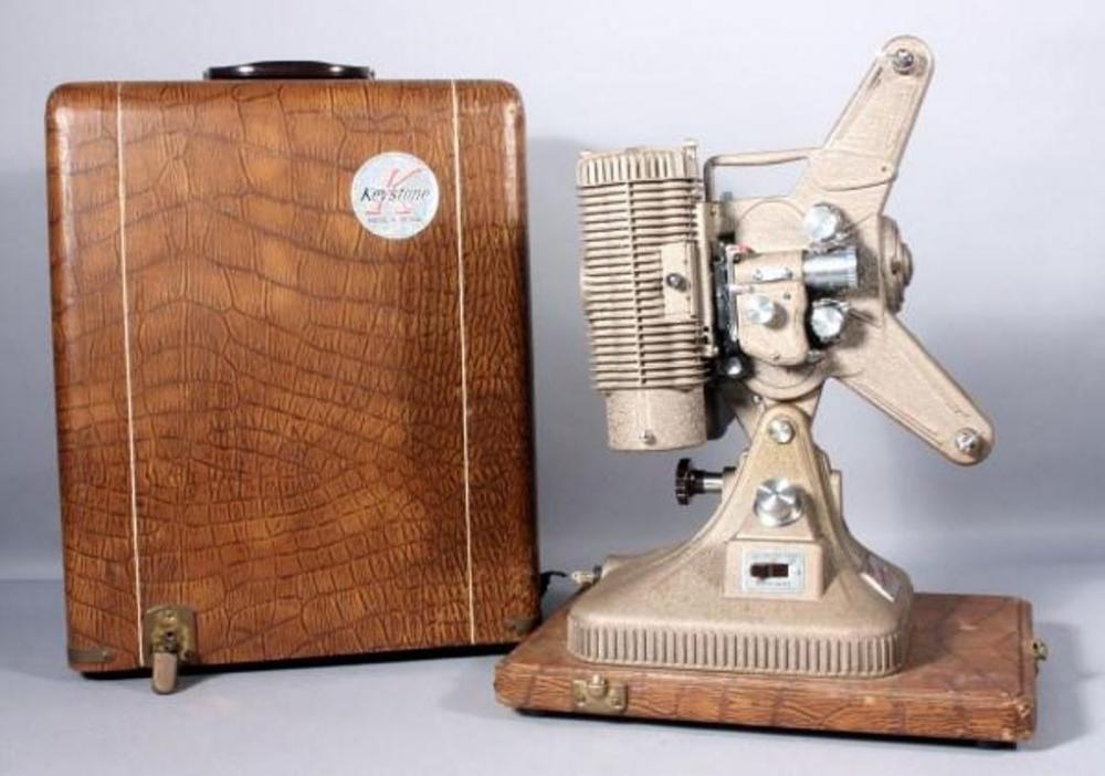 Keystone Commander Deluxe K-108 8mm Projector w Case, SN#261274