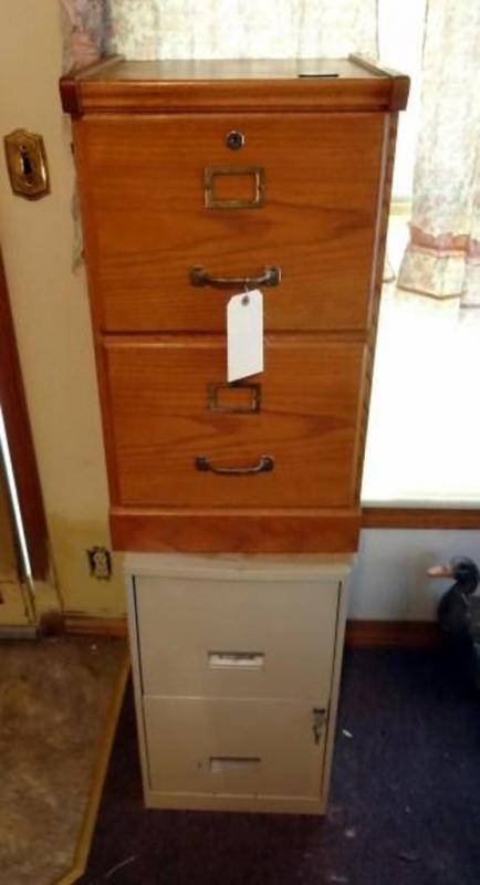 SteelWorks Locking 2 Drawer File Cabinet with Key and Wood Locking ...